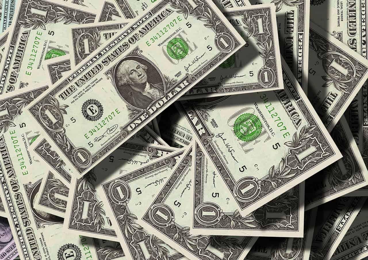 Cash - money - dollar bills