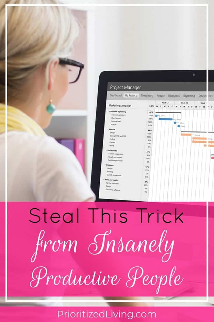 Looking for time management tips and productivity hacks? Task batching is king. Learn what it is, how it works, and how you can maximize your productivity. | Steal This Trick from Insanely Productive People | Prioritized Living