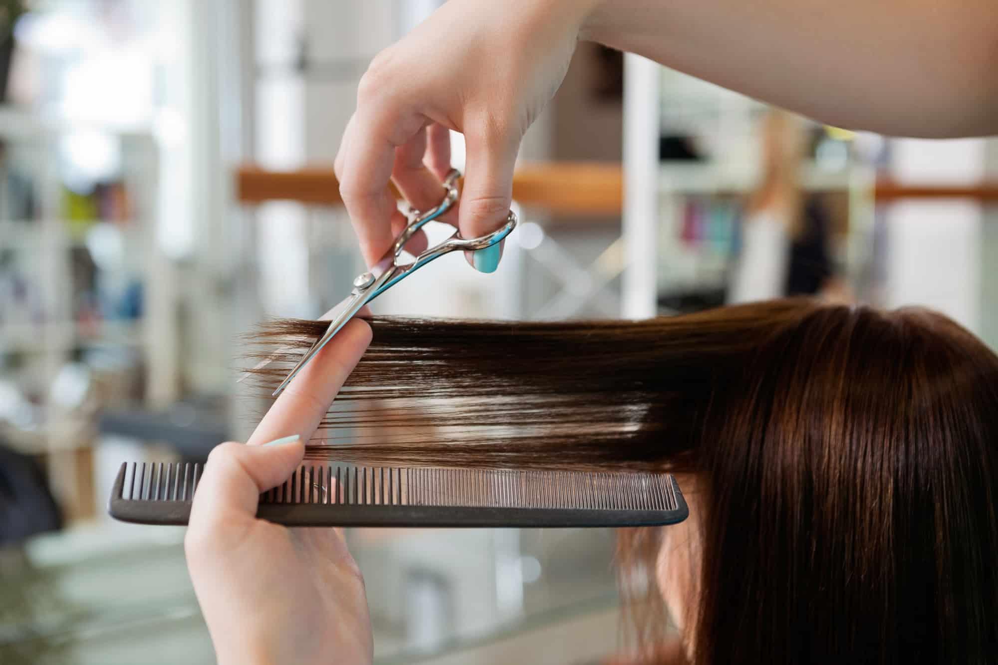 woman's haircut