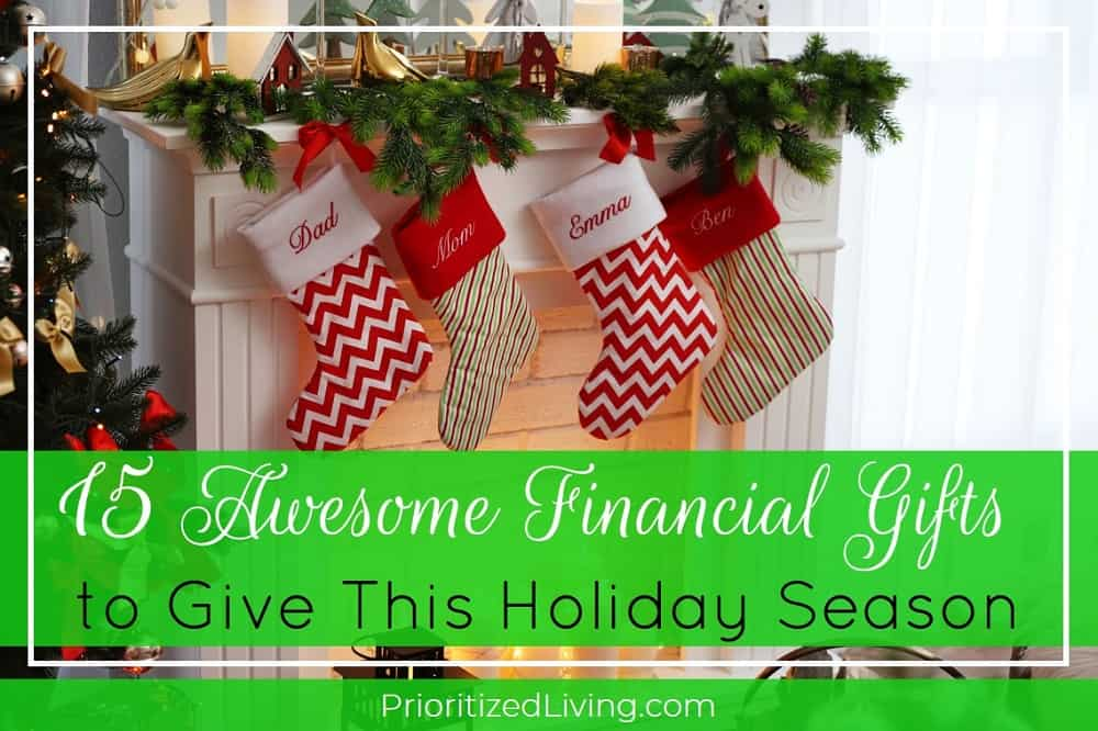 15 Awesome Financial Gifts to Give This Holiday Season